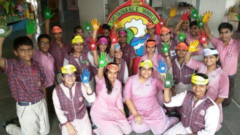 DLDAV Model School India
